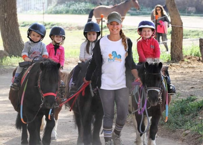 ponybaby-activites-stages-poney-enfants-vitrolles-2
